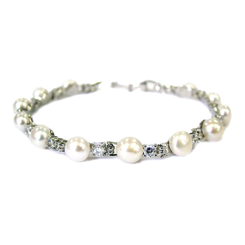 Fresh Water Pearl and Diamante Bracelet - CB500WCH