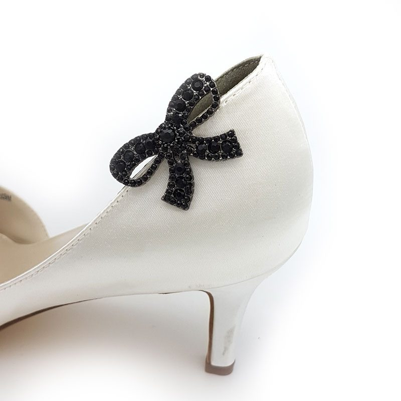 Black bow shoe clips