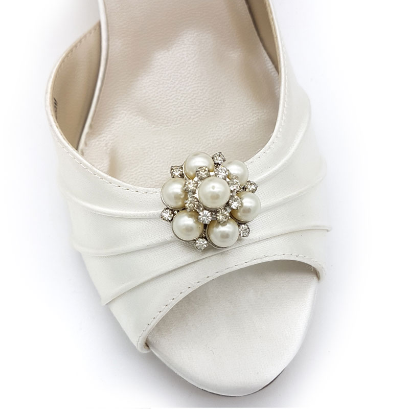 ivory pearl bridal shoe clips