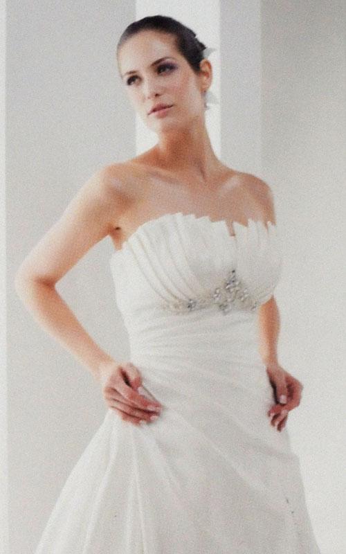 Wedding Dress - White A-Line Design - DA8183 - Sz 12