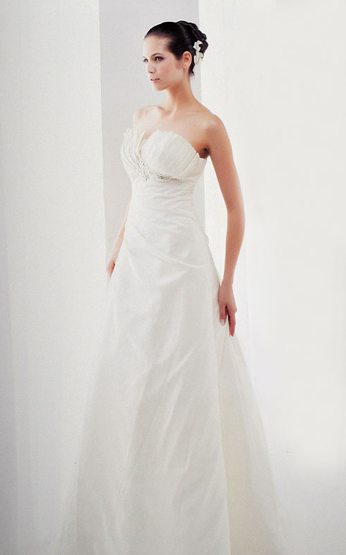 white taffeta wedding dress