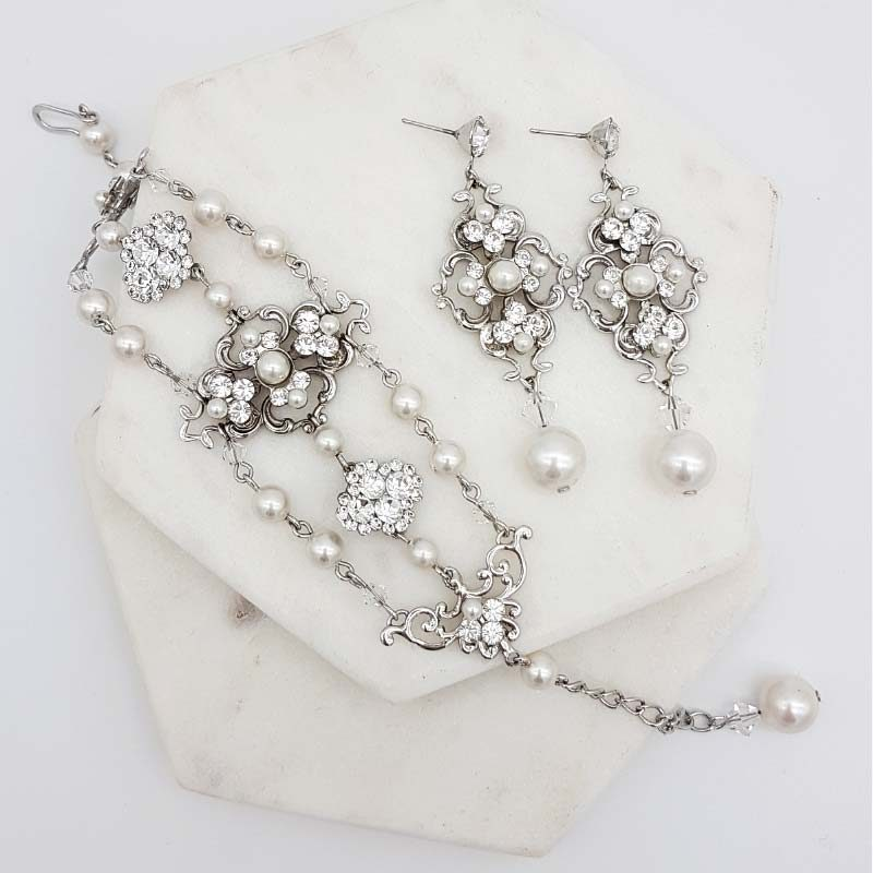 vintage pearl and crystal earring and bracelet set