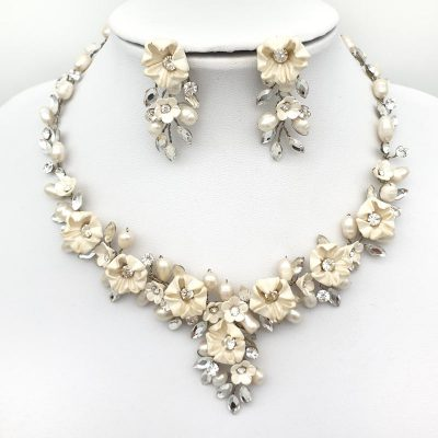 floral blossom bridal necklace set
