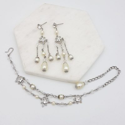 pearl and crystal bracelet jewellery set