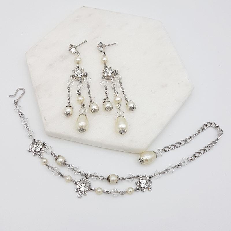 pearl and crystal bracelet jewellery set