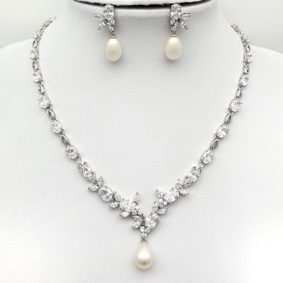fresh water pearl bridal necklace set