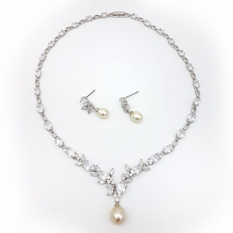 silver pearl bridal necklace set