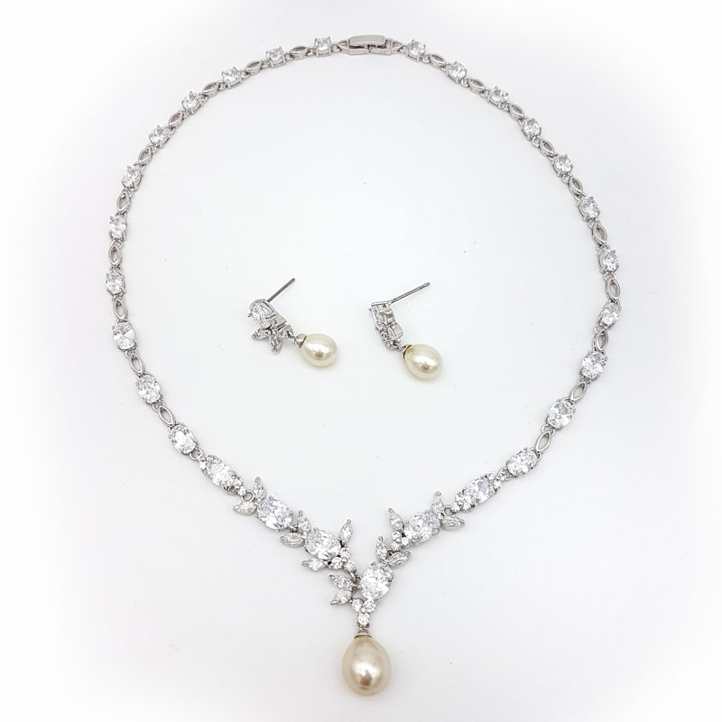 Drop Necklace Set From Cubic Zirconia Amp Pearls Simply