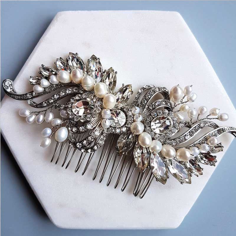 vintage hair comb with diamante and pearl