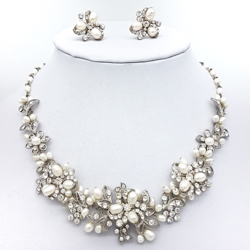 silver pearl and crystal necklace set