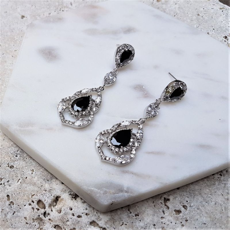 Black vintage bridal drop earrings - Brides and Bridesmaids