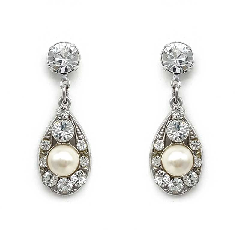 gorgeous tear drop pearl and crystal earrings