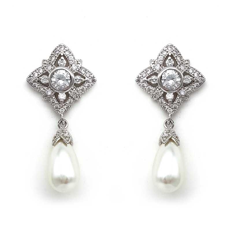 pearl vintage drop earrings