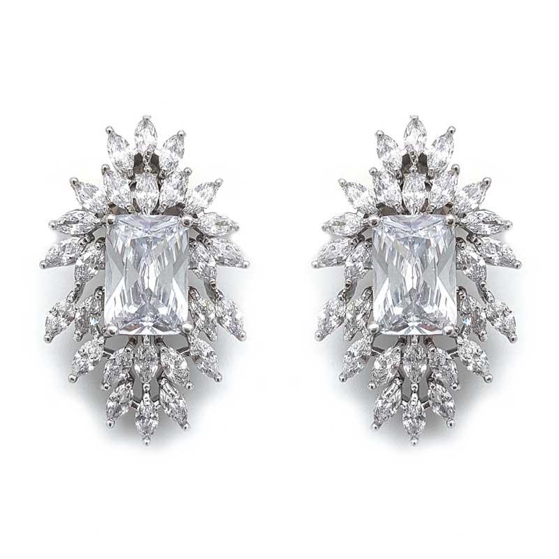 Stella bold clip earrings