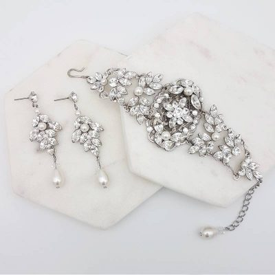 swarovski pearl and crystal bracelet and earring set
