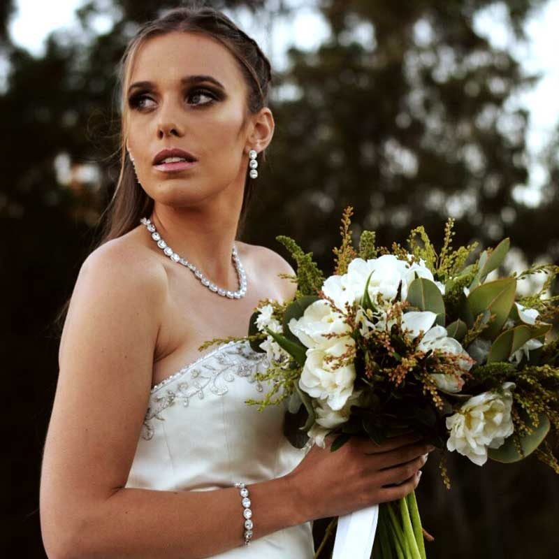 bridal necklace, bracelet and earring set