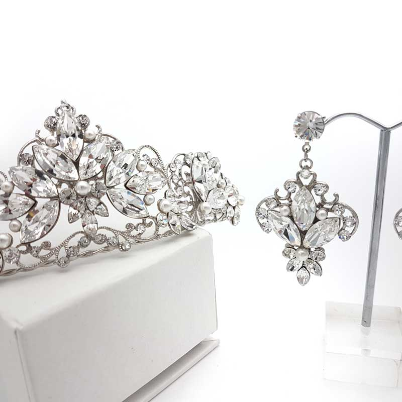 bridal crown and earring set