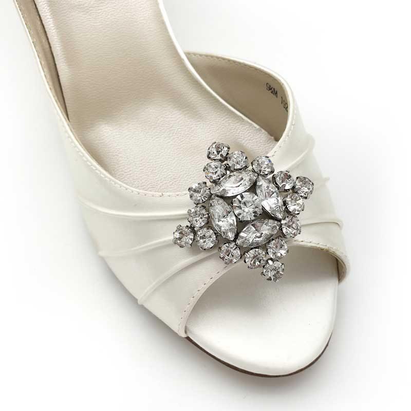 silver diamond shape shoe clips