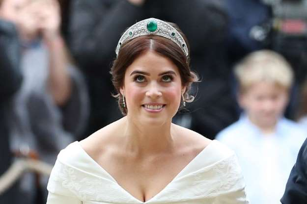 Princess Eugenie's stunning diamond and emerald tiara