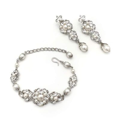 Swarovski pearl and crystal bridal earrings and bracelet set