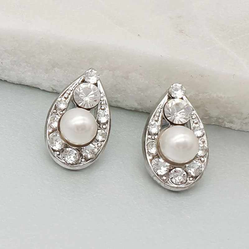 Shop Bridal Stud Earrings