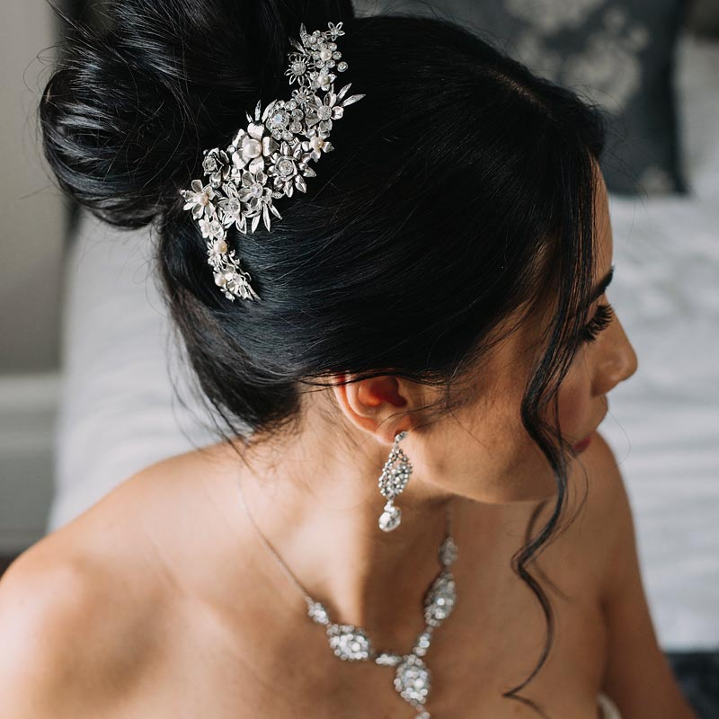 Pearl and crystal floral bridal comb