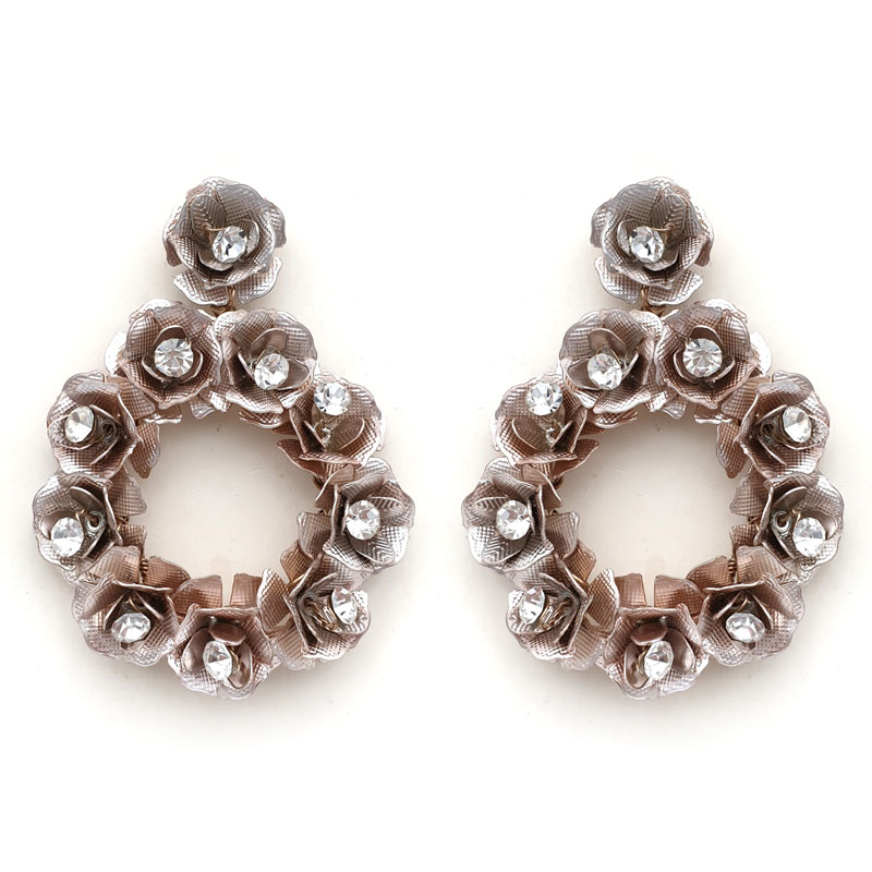 Rose gold round rose earrings
