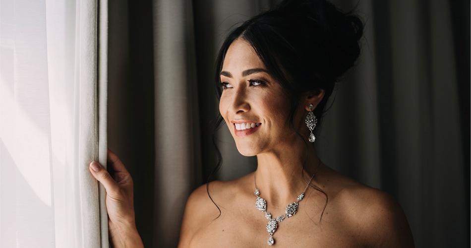 Bride wearing our stunning earrings