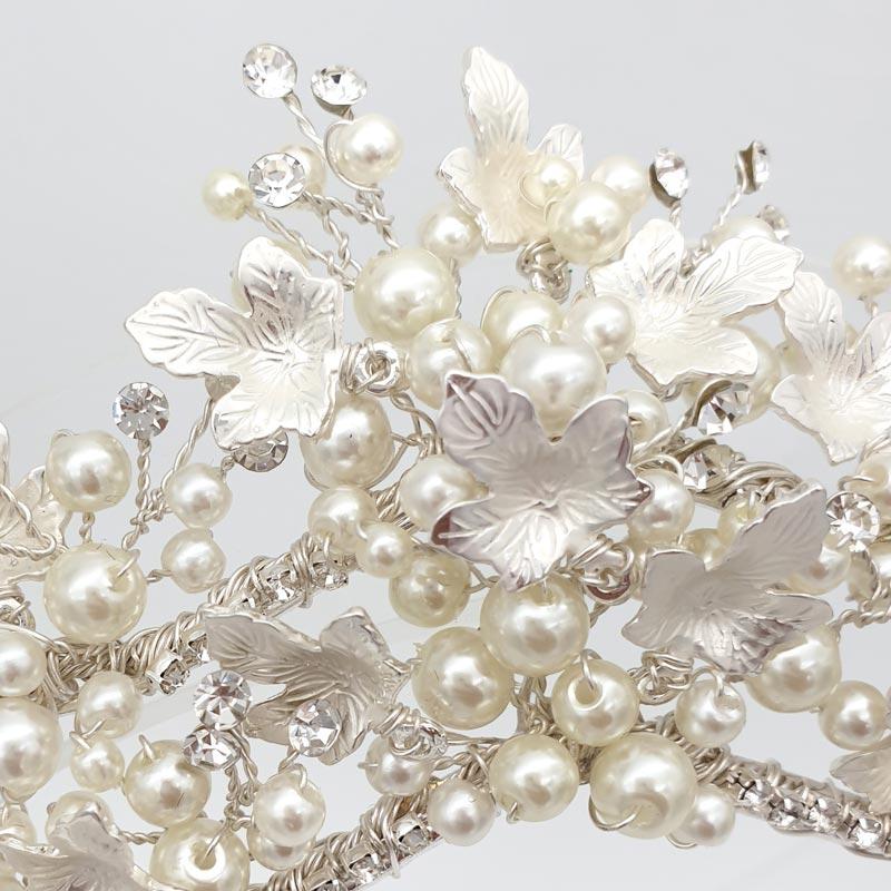 Pearl bridal crown