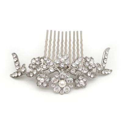 Bespoke pearl and crystal comb